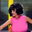 Katie Price se prend pour Freddie Mercury dans Let's Dance for Comic Relief le 19 février 2011