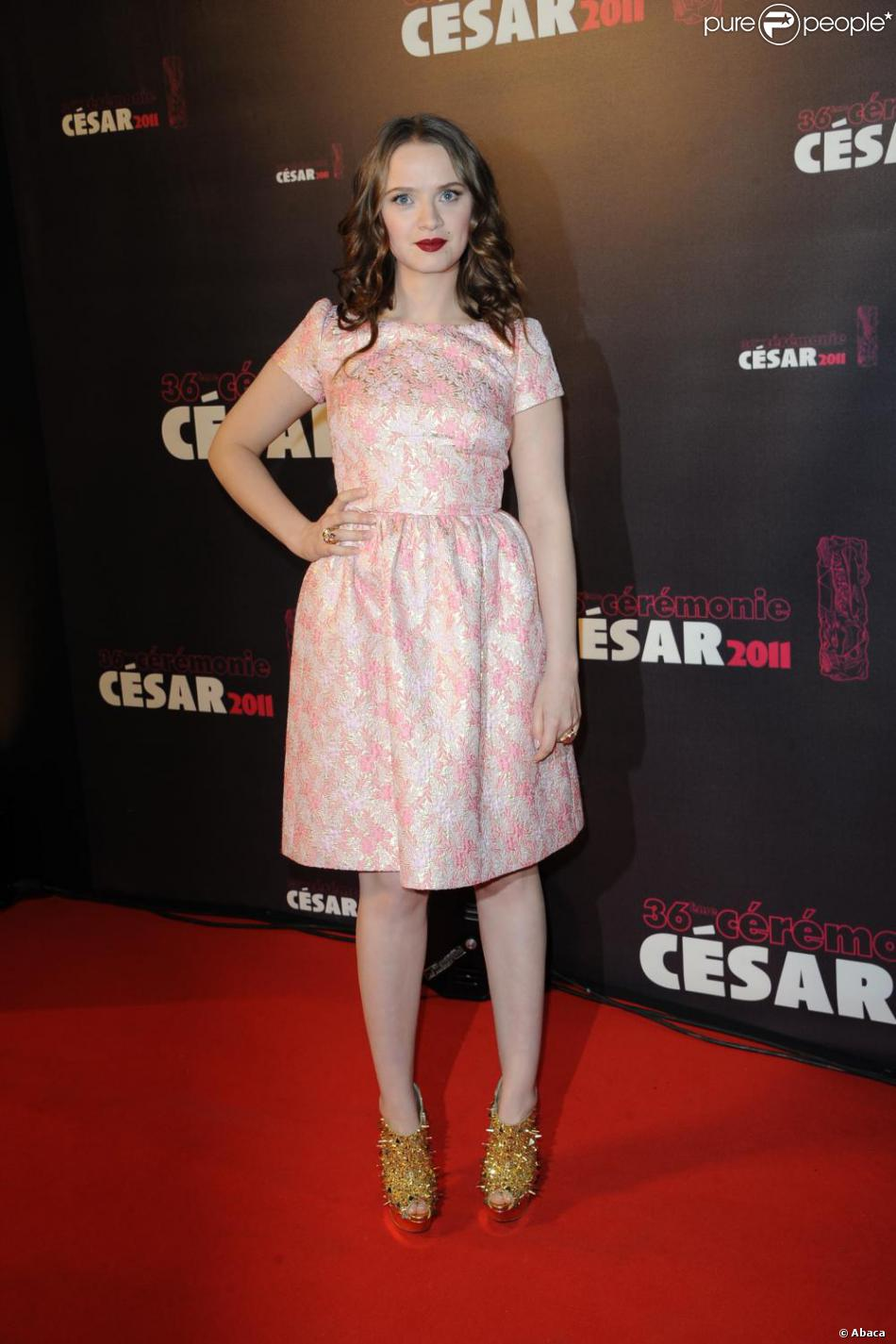 463013f9eee Sara Forestier a misé sur un look baby doll avec une robe Fendi ...