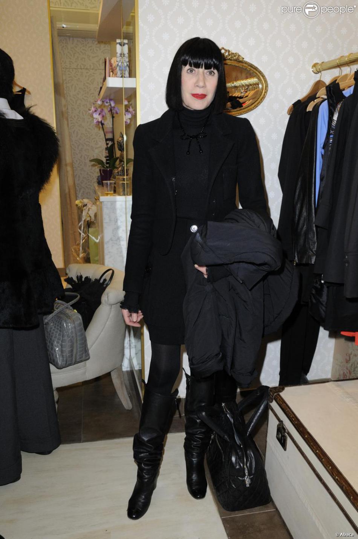 chantal thomass l 39 ouverture de la boutique divine parisienne paris le 3 mars 2011 purepeople. Black Bedroom Furniture Sets. Home Design Ideas