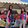 Cindy Fabre et Valérie Bègue au coup d'envoi du Rallye des Gazelles 2011, le 19 mars 2011, à Sète.