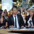 Ali Baddou, Elise Chassaing et Ariane Massenet, sur le plateau du  Grand Journal , festival de Cannes, le 14 mai 2010