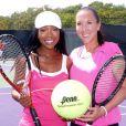 Brandy, Jelena Jankovic et la grande famille du tennis se sont mobilisées pour récolter des fonds pour les victimes du Japon à Miami le 25 mars 2011