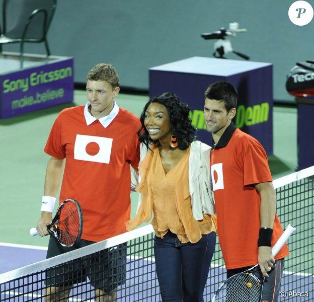 Brandy, Novak Djokovic et Denis Istomin se sont mobilisés pour récolter des fonds pour les victimes du Japon à Miami le 25 mars 2011
