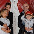 Phil Collins, Orianne et leurs enfants en 2009