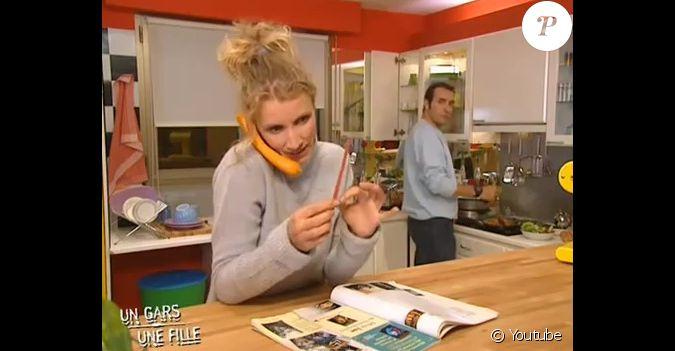 Red couvrez chouchou loulou dans la cuisine - Un gars une fille dans la cuisine ...