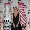 Amanda Sthers lors du lancement Coca Cola Light pour célébrer les bouteilles imaginées par Karl Lagerfeld. Le 7 avril à Paris
