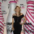 Béatrice Rosen lors du lancement Coca Cola Light pour célébrer les bouteilles imaginées par Karl Lagerfeld. Le 7 avril à Paris