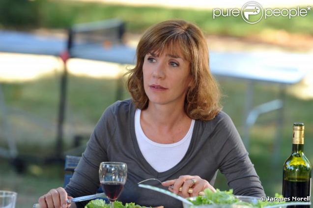 Virginie Lemoine, héroïne de la série Famille d'accueil sur France 3