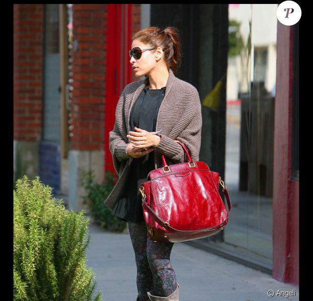 Eva Mendes a fait un fashion faux-pas monumental le 13 avril à Los Angeles