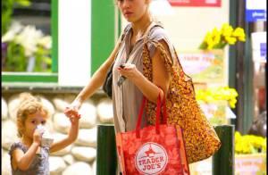 Jessica Alba : Enceinte et plus ronde, elle reste sublime sans effort !