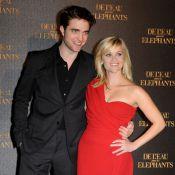 Robert Pattinson brille avec Reese Witherspoon et provoque la folie à Paris !