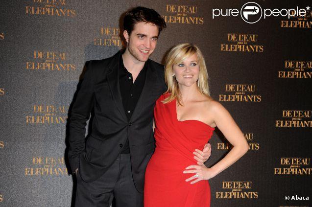 Robert Pattinson et Reese Witherspoon lors de l'avant-première à Paris du film De l'eau pour les éléphants le 28 avril 2011