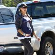 Victoria Prince, enceinte de cinq mois, assiste au match de baseball de Sean Preston, samedi 30 avril à Los Angeles.