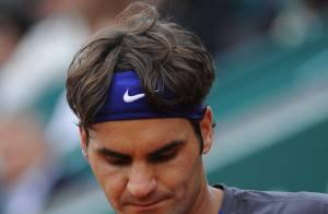 Roger Federer, soutenu par Mirka et applaudi par Luis Figo et sa superbe femme !