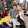Anja Rubik et Sasha Knezevic sont follement amoureux l'un de l'autre et veulent le montrer au monde entier ! New York, 22 avril 2011
