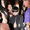 Lady Gaga quitte Paris et file à Cannes, le 10 mai 2011.