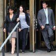 Anne Sinclair et Camille Strauss-Kahn sortent du tribunal de Manhattan, où DSK vient d'apprendre que sa liberté sous caution était acceptée, le 19 mai 2011