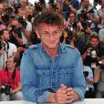 Sean Penn à l'occasion du photocall de  There Must Be The Place , présenté en compétition lors du 64e Festival de Cannes, le 20 mai 2011.