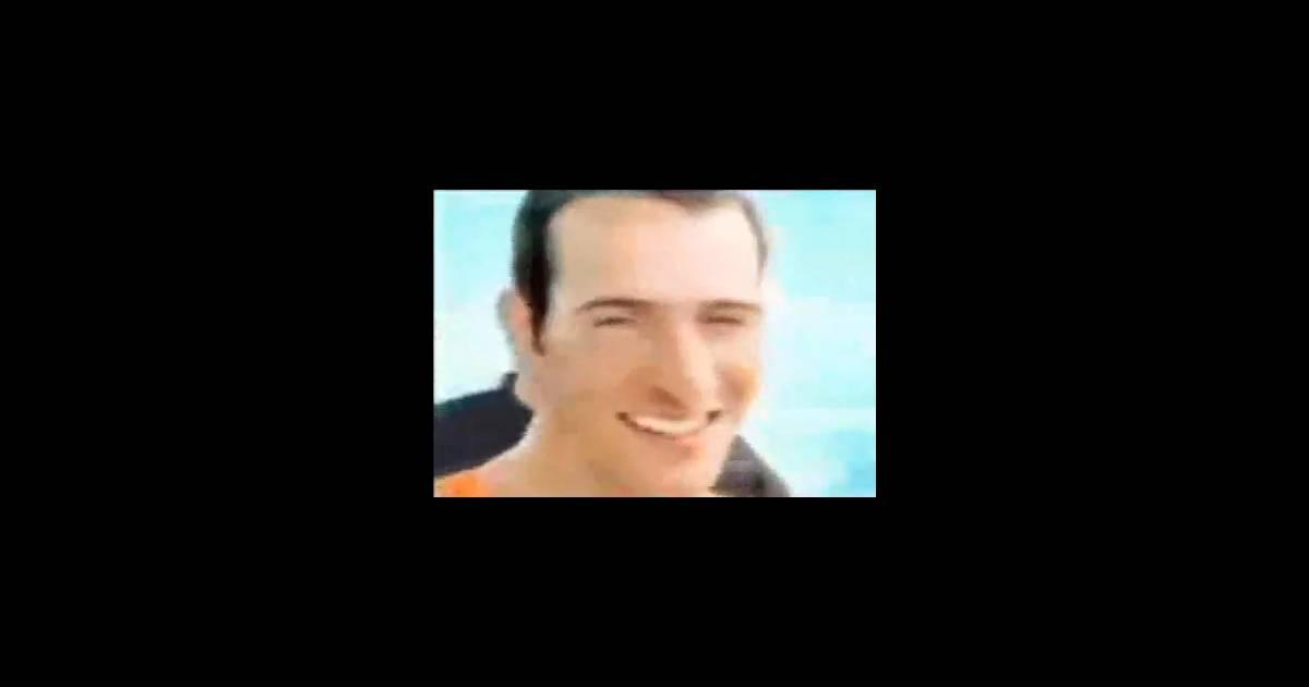 Jean dujardin et nous c nous pour leur fameuse chanson for Musique jean dujardin