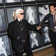 Baptiste Giabiconi est la muse de Karl Lagerfeld... On comprend pourquoi ! Paris, 14 septembre 2010