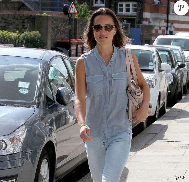 Pippa Middleton est devenue une nouvelle icône de mode. Ici, avec son jean 7 for All Mankind