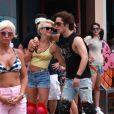 Julianne Hough et Diego Bonita sur le tournage de Rock of Ages le 23 mai 2011 : l'amour sur des rollers