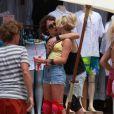 Julianne Hough et Diego Bonita sur le tournage de Rock of Ages le 23 mai 2011 : baisers volés