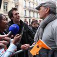 Il y avait environ 700 candidats lors du casting Europe 1 pour devenir chroniqueur de l'été, lundi 6 juin 2011 à Paris. Laurent Baffie est allé voir les candidats.