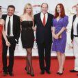Albert de Monaco et les jurés pose sur le tapis rouge lors du 51ème festival de la télévision de Monte-Carlo, lundi 6 juin 2011.