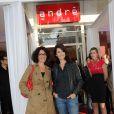 Caroline Tresca et Zabou lors de l'inauguration de la nouvelle boutique André, dans le 6e arrondissement de Paris.