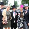 Ascot 2011, cinquième et dernière journée, samedi 18 juin 2011 : Eddie Jordan en famille. Pas d'embellie du côté du ciel, mais un bouquet final bien garni sur l'herbe verte du Berkshire !