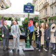 Danièle Thompson avec sa fille Caroline Thompson, son fils Chritopher Thompson et ses petits-enfants lors de l'inauguration par Bertrand Delanoë de la Place Gérard Oury, dans le VIIIe arrondissement de Paris, le 22 juin 2011.