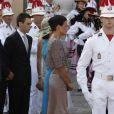 La princesse Stéphanie avec son fils Louis Ducruet et sa fille Pauline Ducruet (Camille Gottlieb les accompagnait également), et la princesse Caroline avec ses fils Pierre et Andrea Casiraghi, ainsi qu'Alexandra de Hanovre.   Après être apparus au balcon de la Salle des Glaces, le prince Albert et la princesse Charlene, mari et femme, ont rejoint, avec leur famille, les Monégasques sur la place du Palais princier, le 1er juillet 2011.