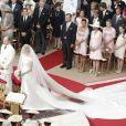 Charlène et Albert dans la Cour d'honneur du palais  princier, pour la cérémonie religieuse à  Monaco, le 2 juillet 2011