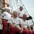 Les Marins d'Iroise, artistes de l'été 2011 pour TF1, reprennent  Santiano .
