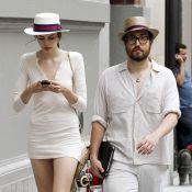 Sean Lennon donne une leçon de mode à sa petite amie mannequin