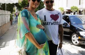 Selma Blair : Toujours enceinte, elle affiche avec style son ventre très arrondi