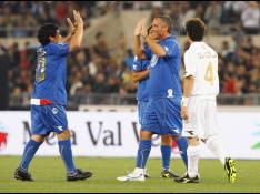 PHOTOS : Maradonna et Eros Ramazzotti, fans de foot