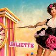 Juliette, dans le générique, et l'horloge bloquée.