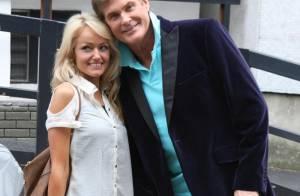 David Hasselhoff et Hayley Roberts : Un amour fou et... atrocement mielleux