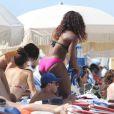 Serena Williams sur la plage de Miami, son repaire, le 16 juillet 2011. Des moments de détente avec sa copine Val.