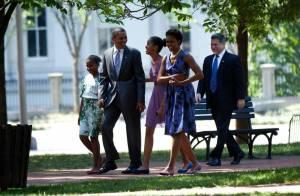 Michelle, Barack Obama et leurs filles : Stylés... pour aller prier