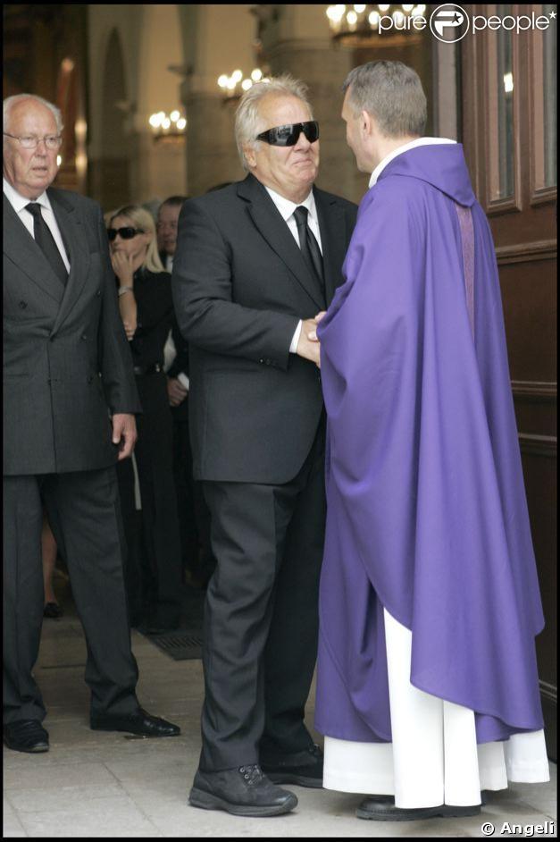 Massimo Gargia aux obsèques de sa femme, Francine Gargia