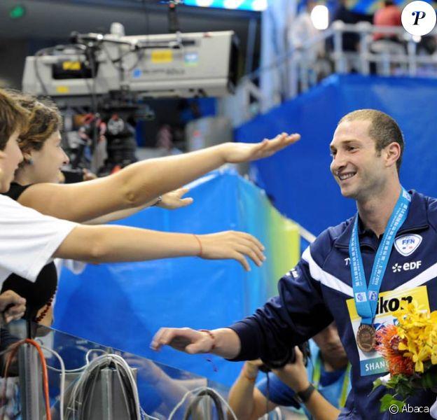 Aux Mondiaux de natation de Shanghai 2011, le 28 juillet, William  Meynard (photo : lors des France en mars 2011) a arraché la  médaille de  bronze sur 100m nage libre.