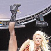 Kimberly Wyatt, ex-Pussycat Doll, dévoile ses courbes dans un tout petit body