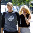 Chris et Gwyneth en 2003.   Gwyneth Paltrow et Chris Martin, mariés depuis 2003, échappent désespérément aux photographes. Les voir avec leurs enfants Apple et Moses est un vrai événement...