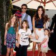 David Charvet et Brooke Burke et leurs quatre enfants en mars 2011 à Los Angeles