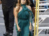Jennifer Lopez fatigue en coulisse après s'être déchaînée avec ses danseurs