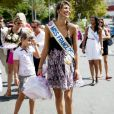 Si elle ne remporte pas la couronne de Miss Univers 2011, Laury Thilleman peut au moins se consoler avec le prix de la miss la plus fashion du concours de beauté !