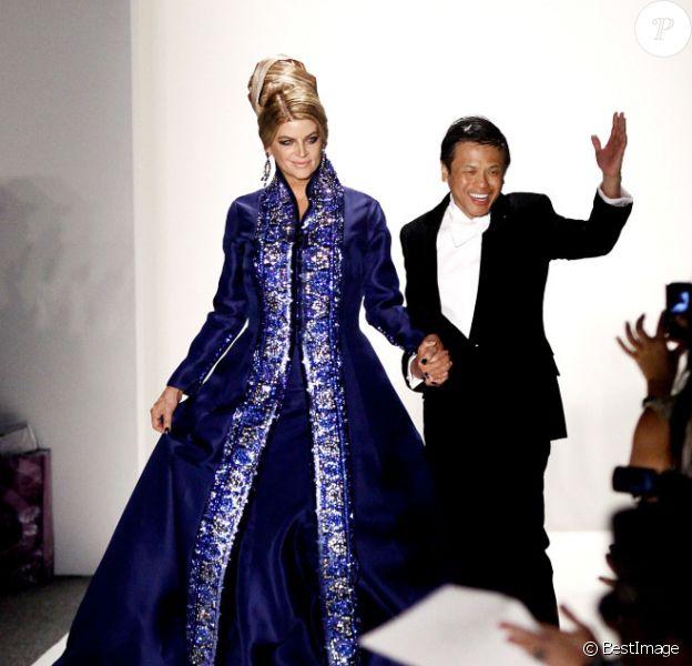 Kirstie Alley défile pour Zang Toi pendant la Fashion Week de New York le 13 septembre 2011